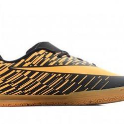 Nike Bravatax Jr